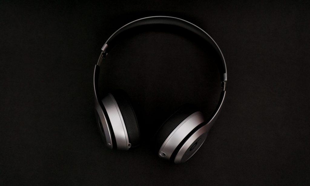 wireless headphone under 1000